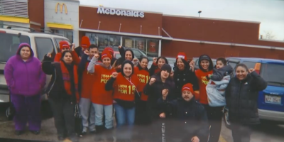Foodservice workers protest over workplace safety, compensation amid COVID-19 crisis